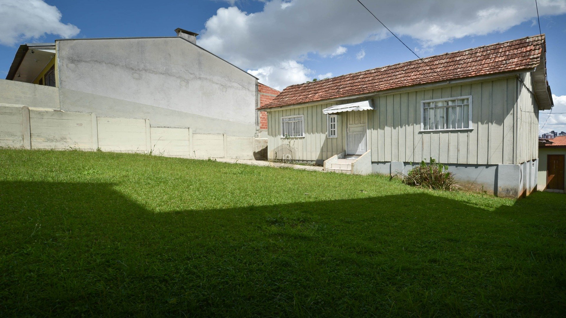 Terreno à venda em Mercês, Curitiba - PR