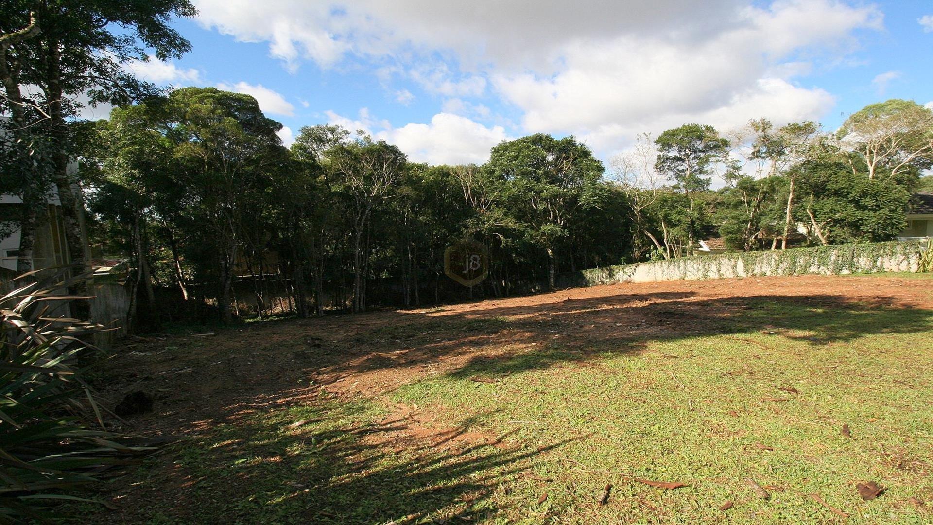 Terreno à venda em Santa Cândida, Curitiba - PR