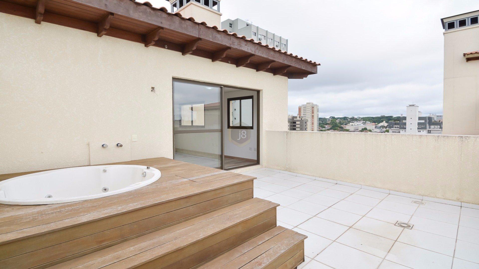 Coberturas de 3 dormitórios em Batel, Curitiba - PR