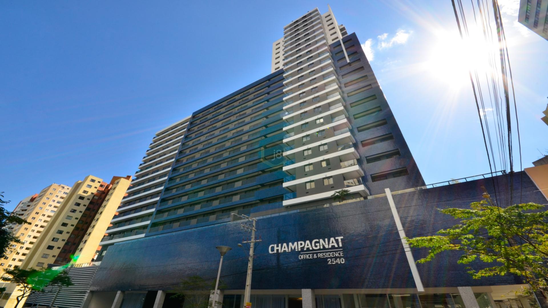 Loja à venda em Champagnat, Curitiba - PR