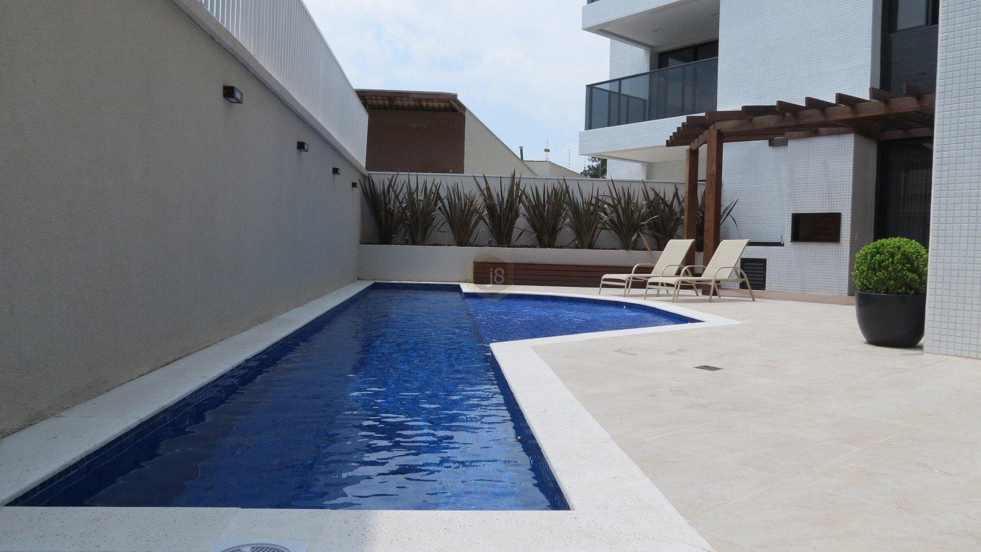 Apartamentos de 3 dormitórios em Champagnat, Curitiba - PR