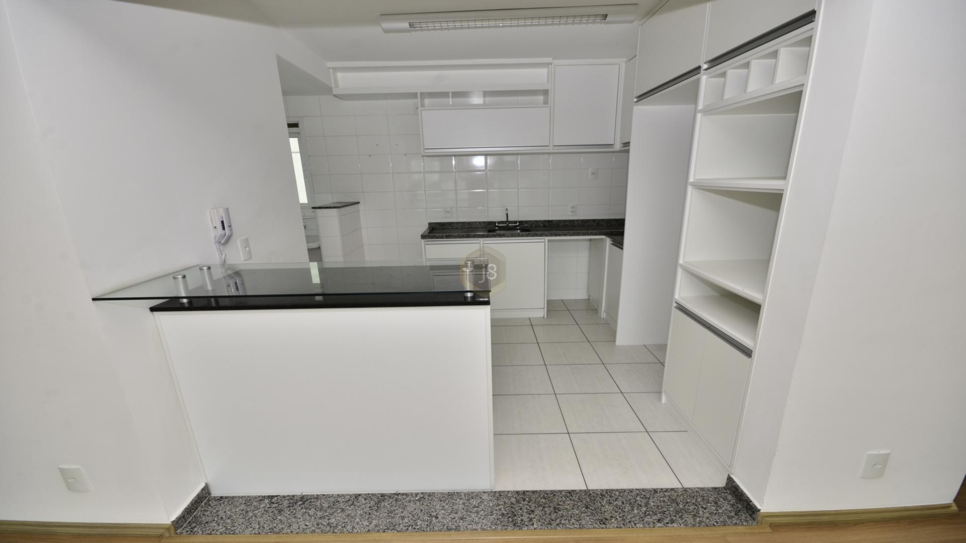 Apartamentos de 3 dormitórios em Cidade Industrial, Curitiba - PR