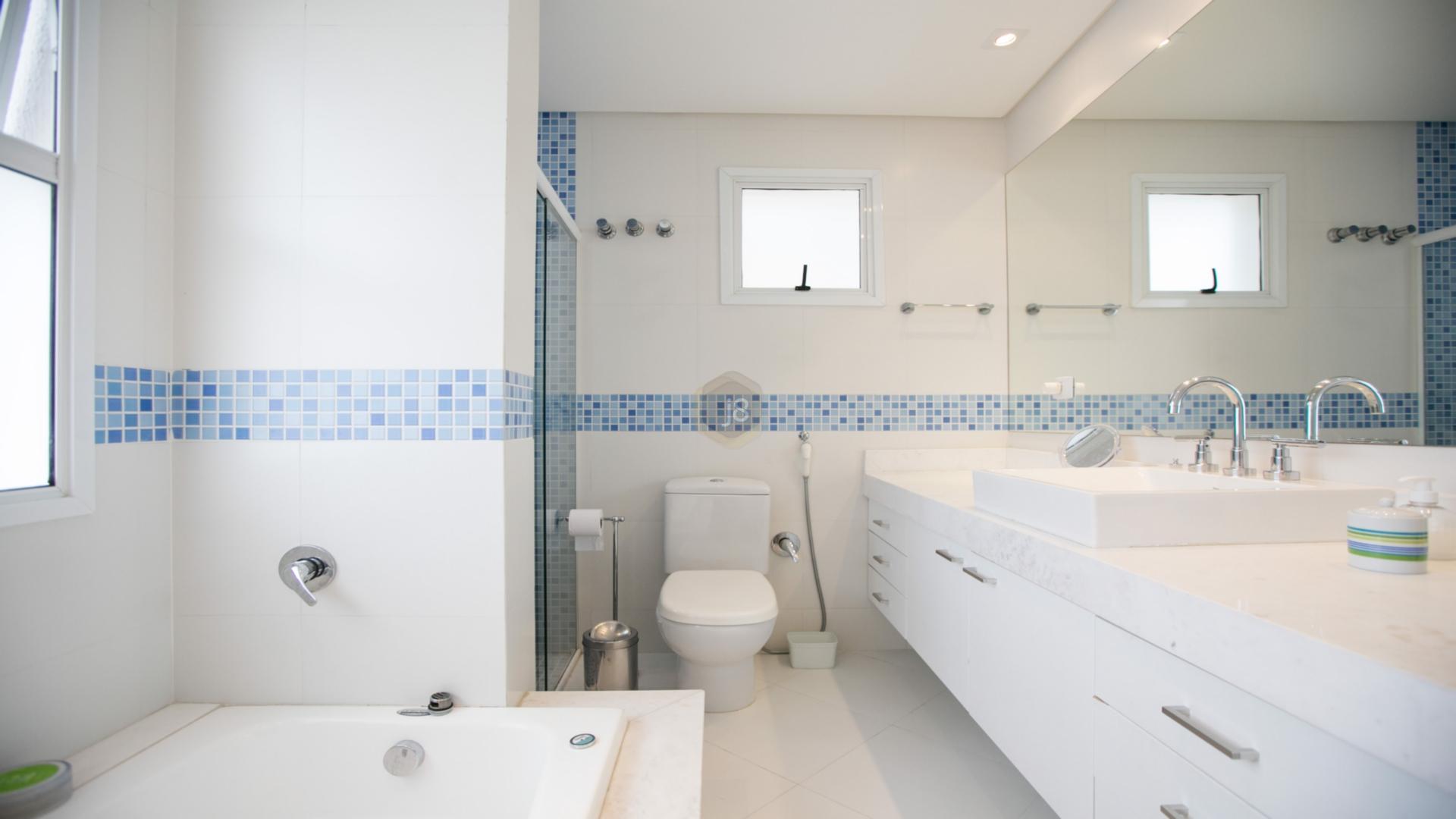 Casa Em Condominio de 3 dormitórios em Portão, Curitiba - PR