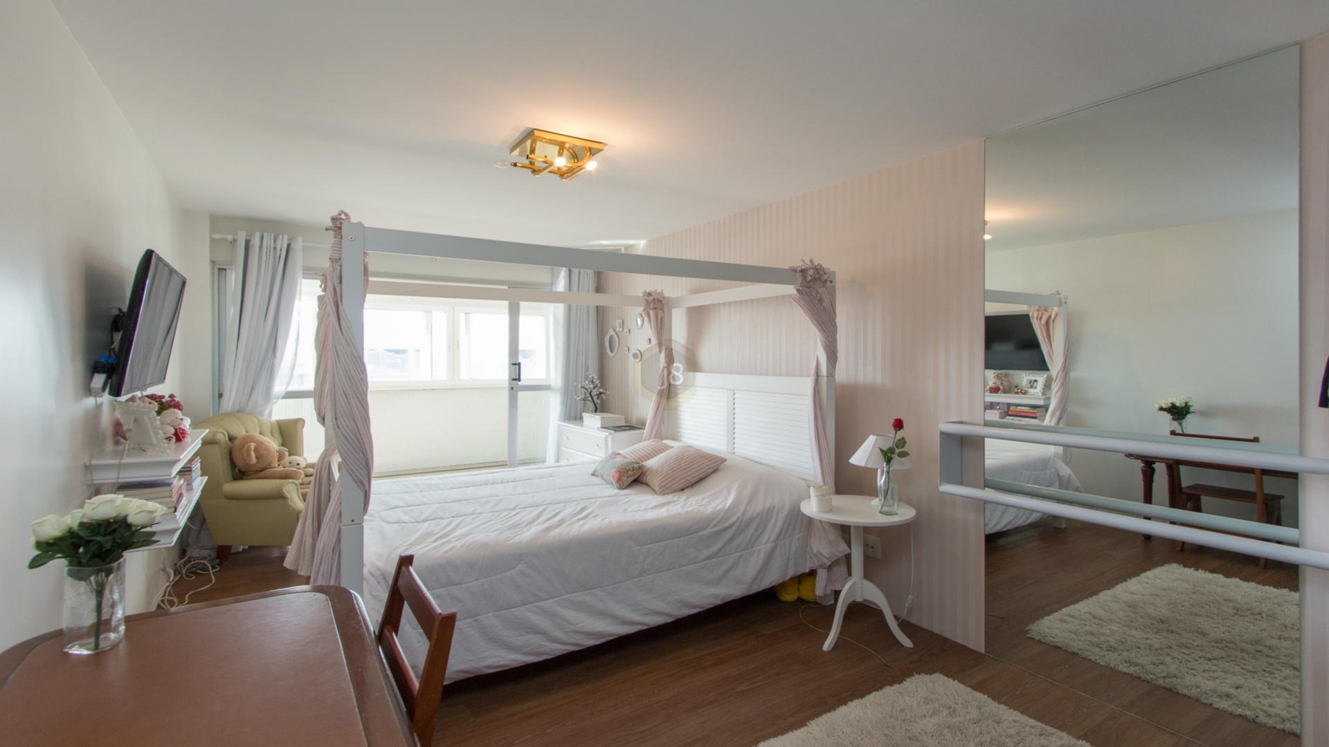 Apartamentos de 4 dormitórios à venda em Alto Da Glória, Curitiba - PR