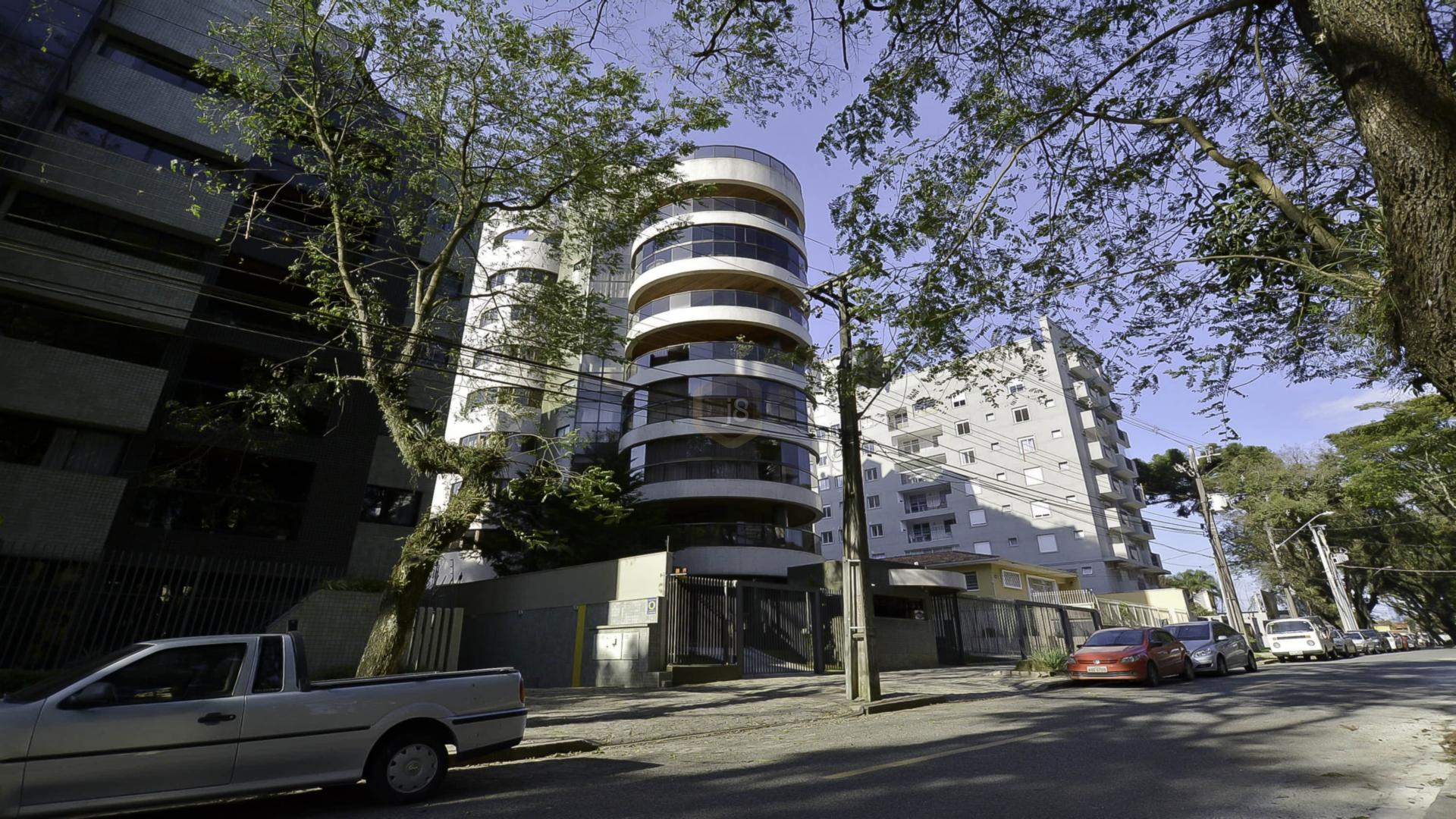 apartamentos em condominio para comprar em curitiba cabral