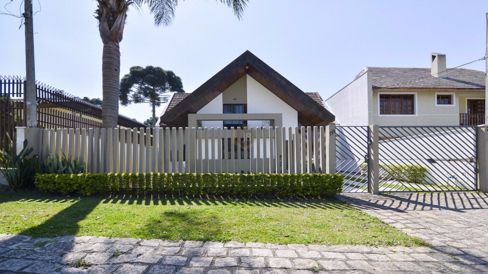 Foto de destaque Casa com piscina e jardim
