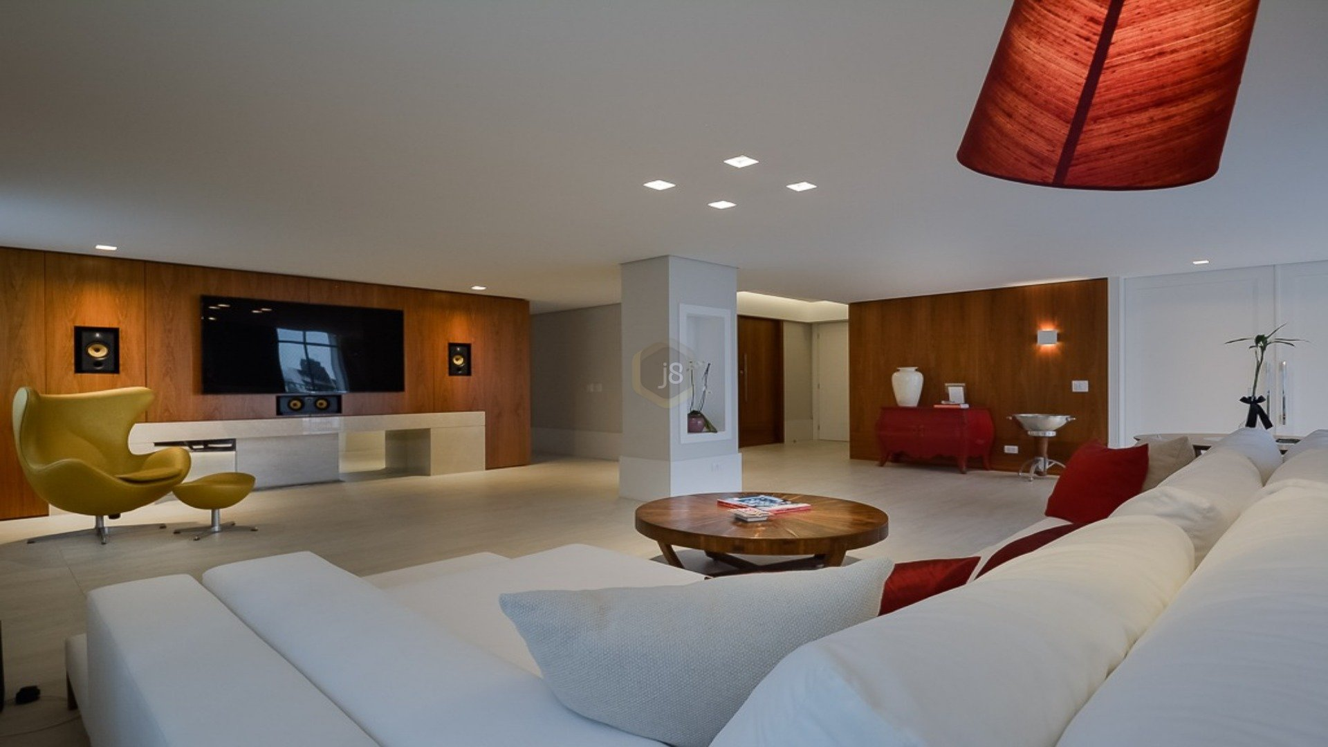 Foto de destaque Apartamento impecável e todo reformado no batel