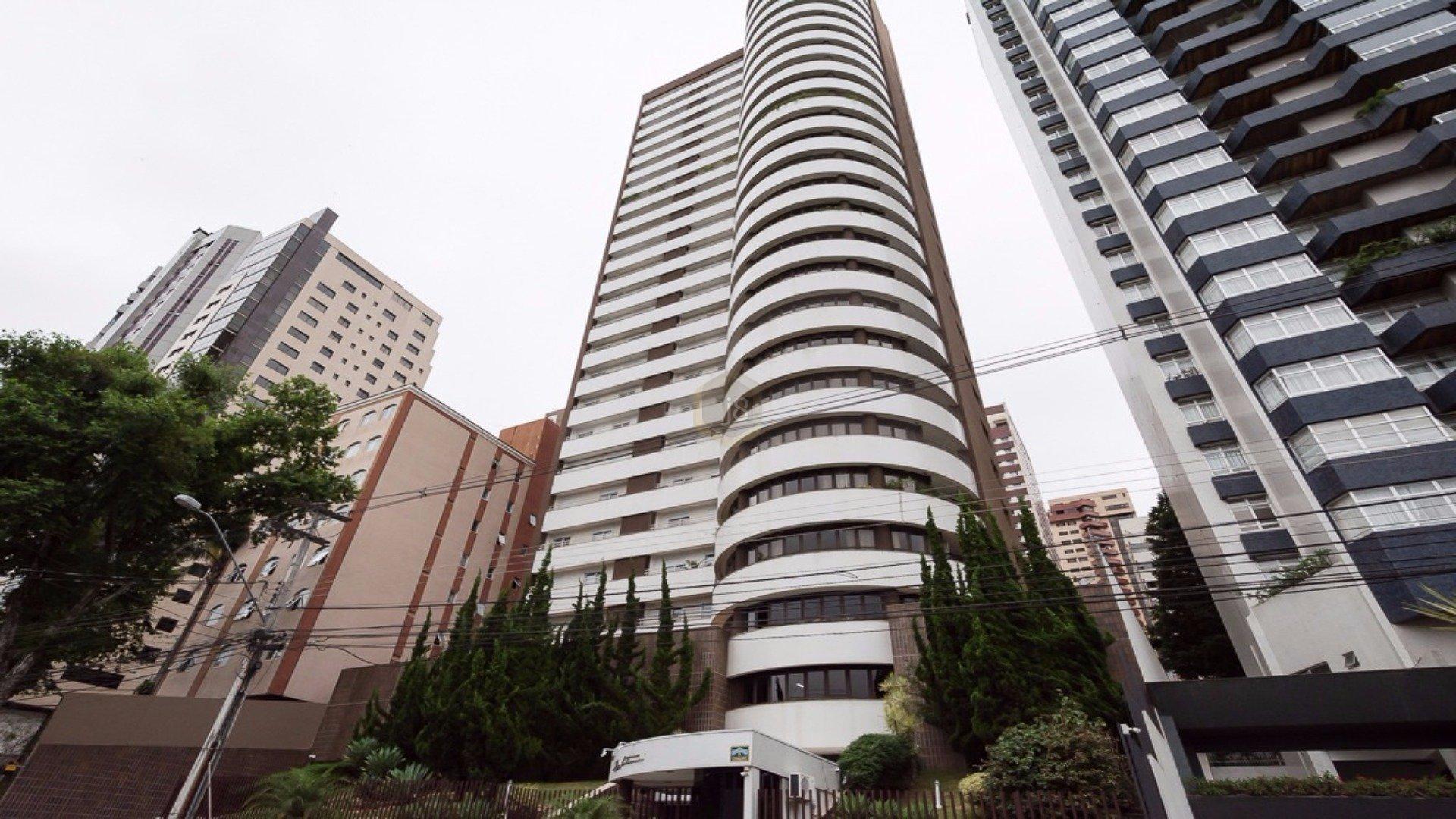 Foto de destaque Belíssimo apartamento com ótima localização em curitiba.