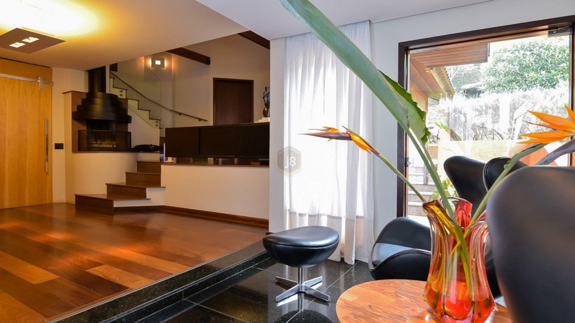 Foto de destaque .casa muito confortável no tingui. perfeita para reunir os amigos !