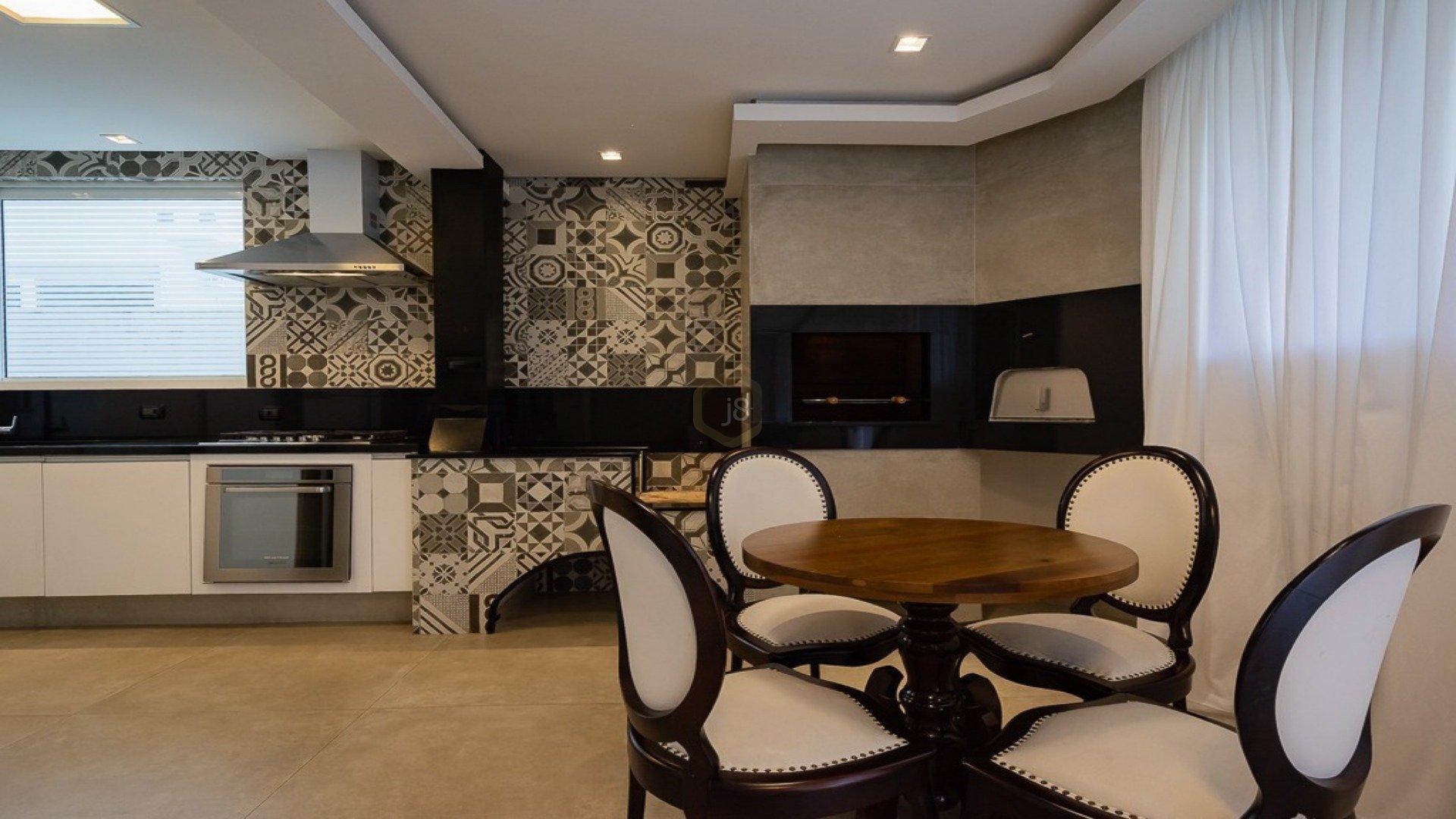 Foto de destaque Espaçosa casa no condominio provence!