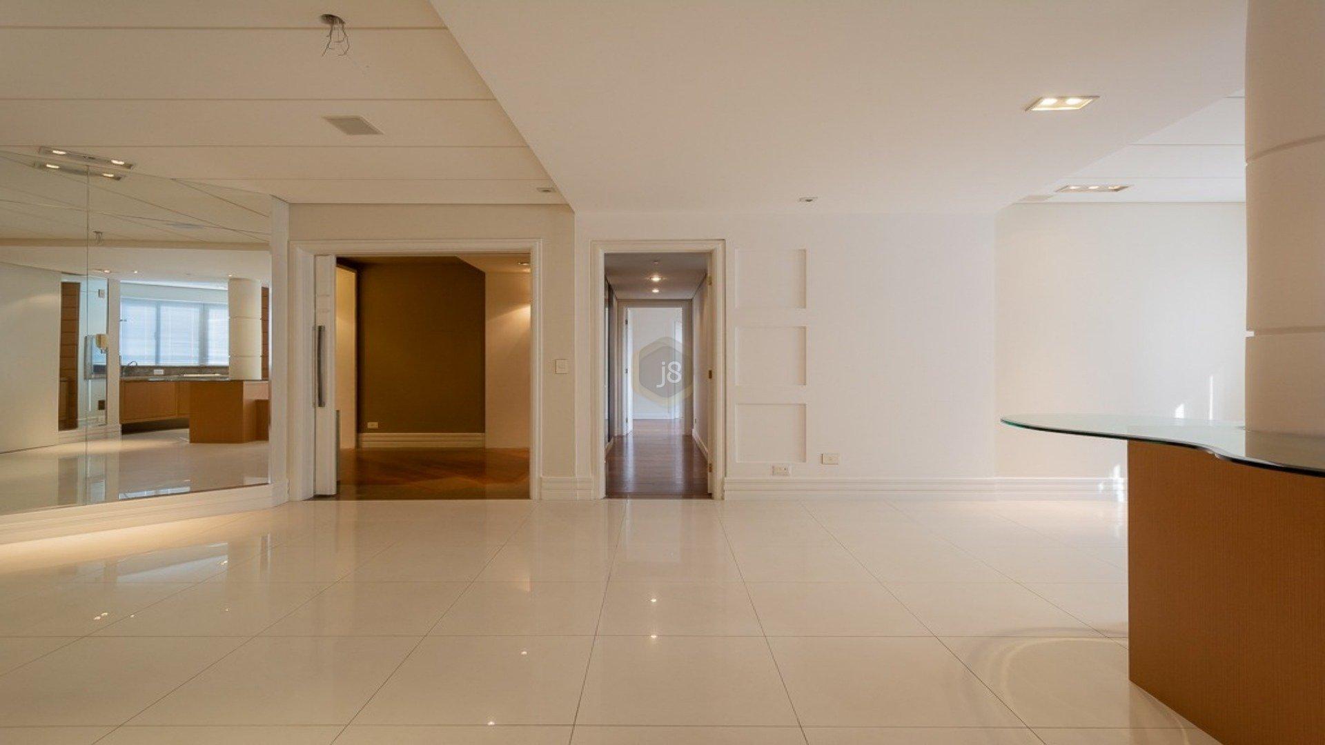 Foto de destaque Excelente apartamento no batel