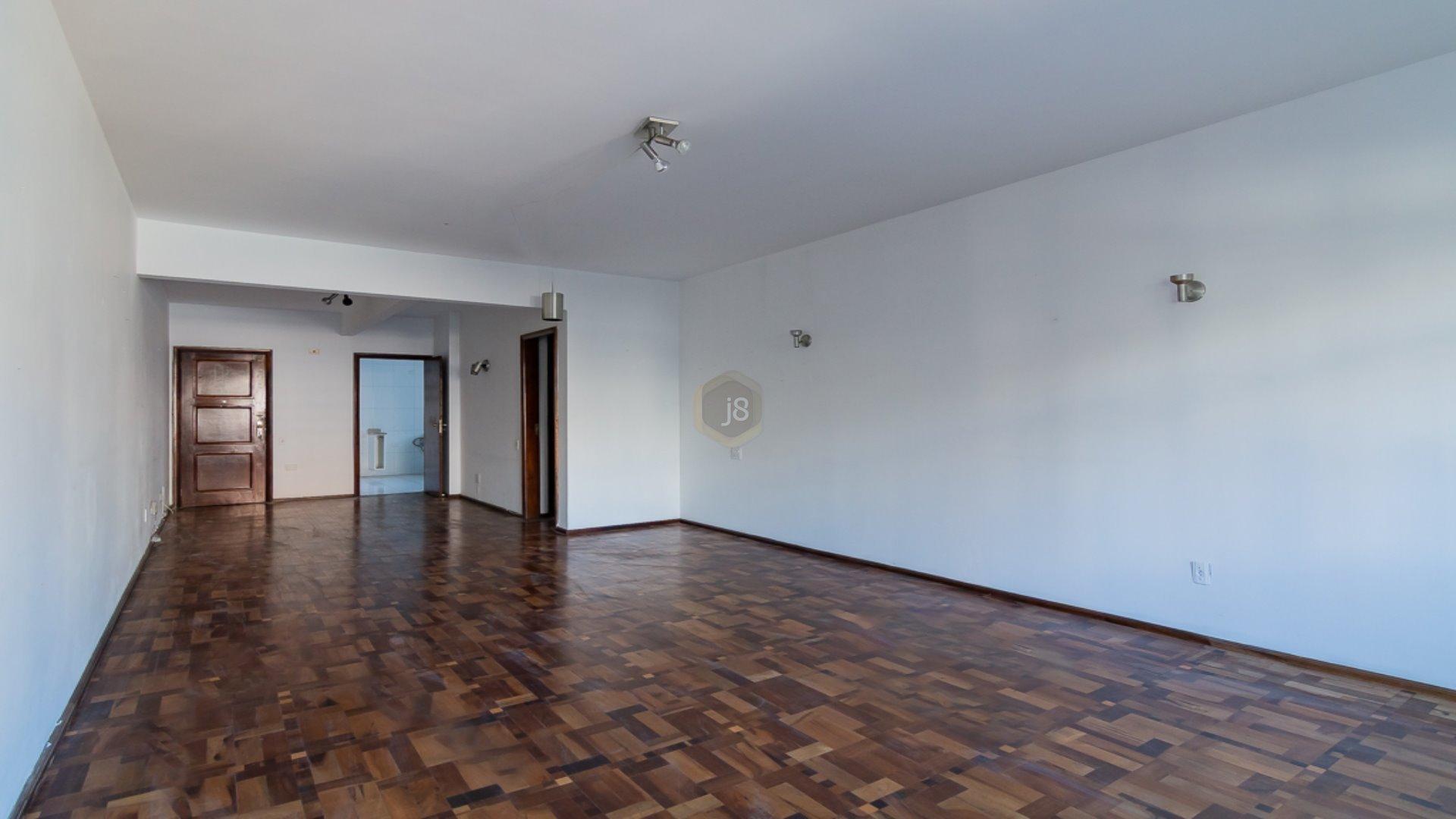 Foto de destaque Apartamento com 2 quartos na melhor localização do centro de curitiba