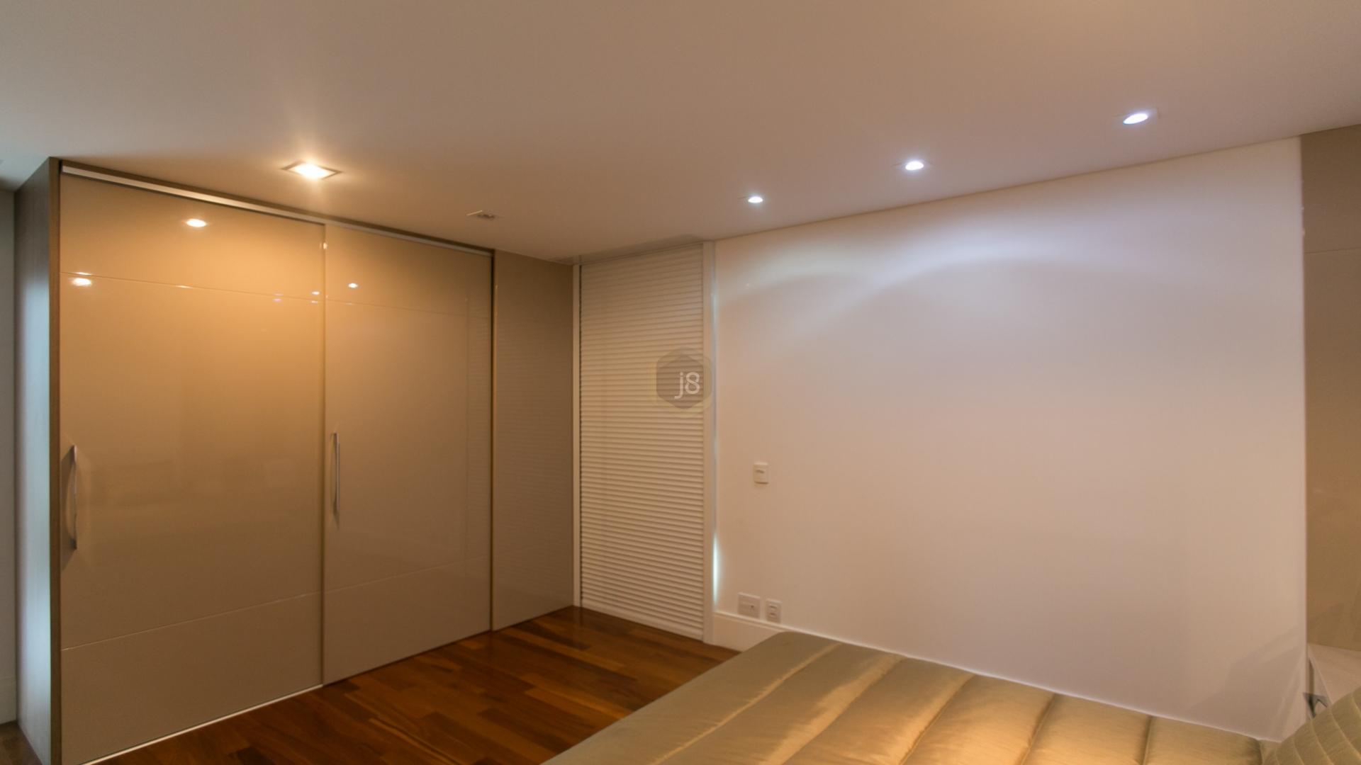 Apartamentos de 3 dormitórios à venda em Cabral, Curitiba - PR
