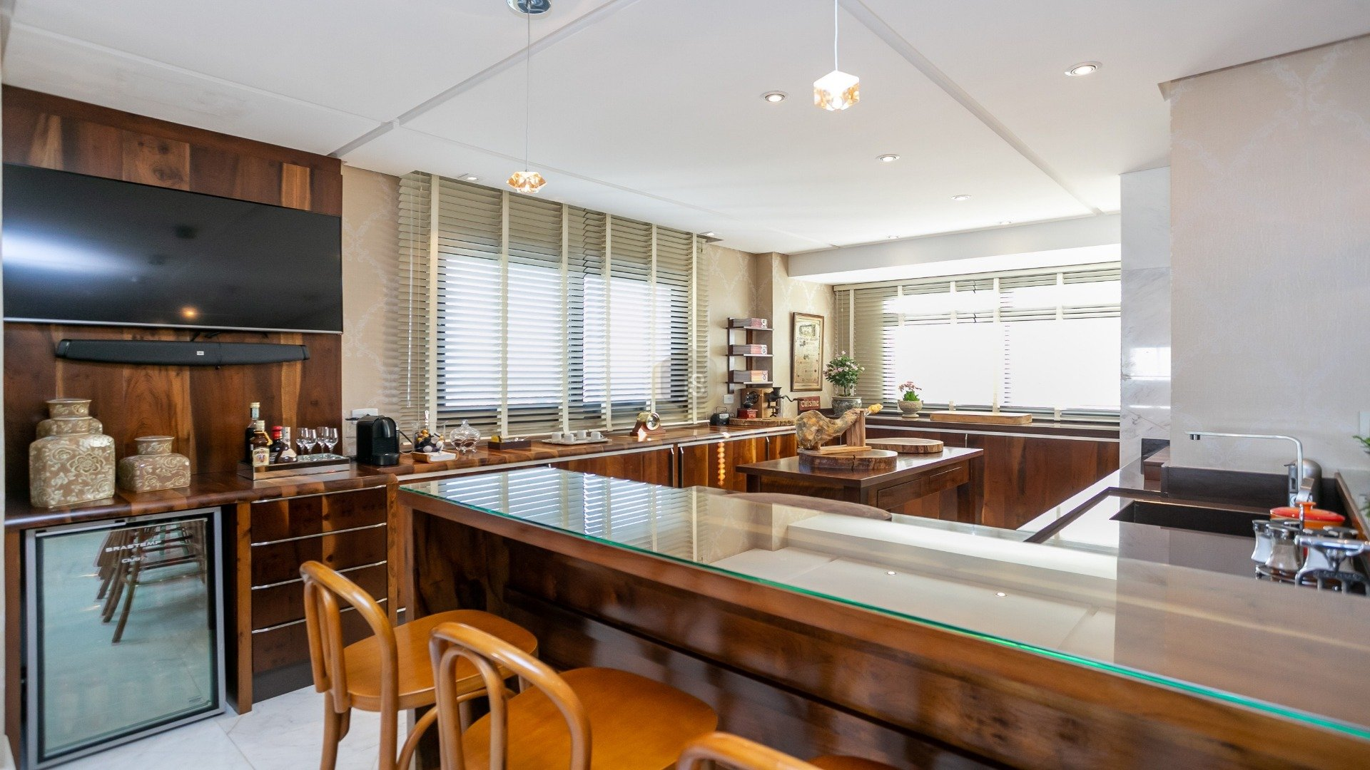 Foto de destaque Apartamento maravilhoso com vista para o parque barigui!