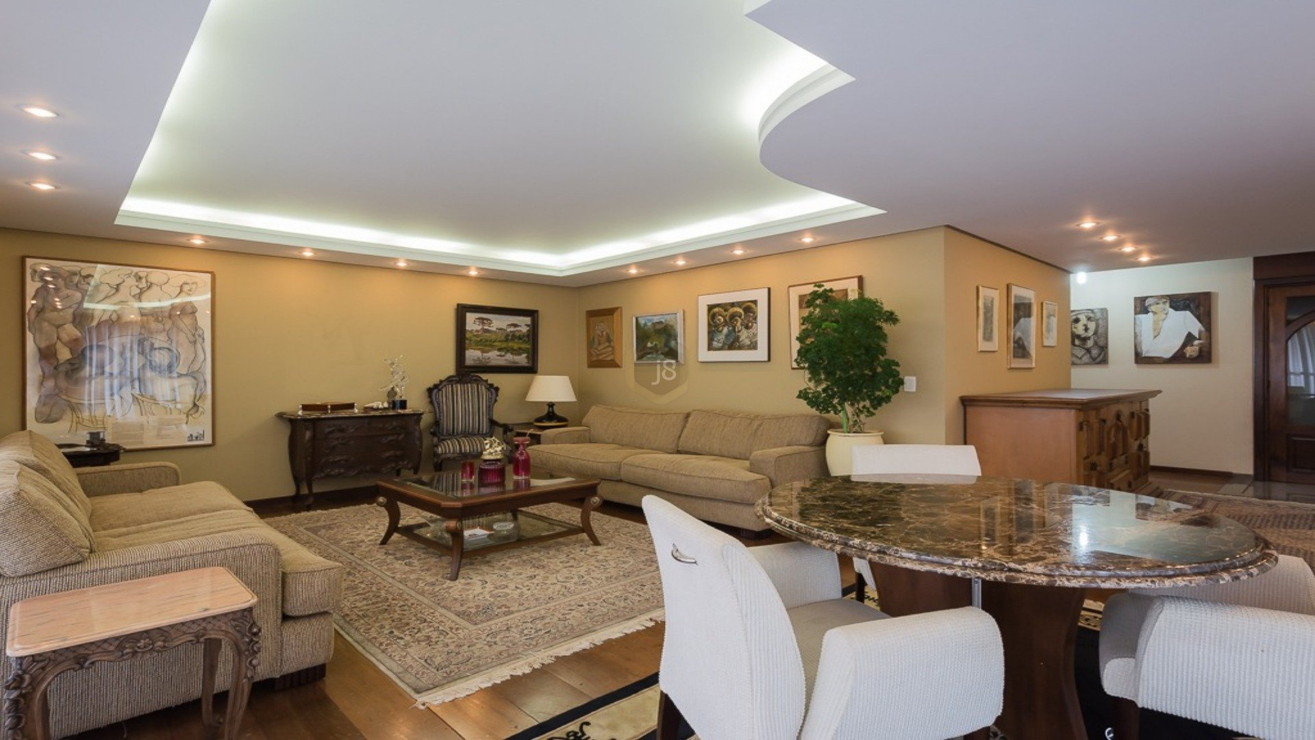 Foto de destaque Apartamento no batel em andar alto!