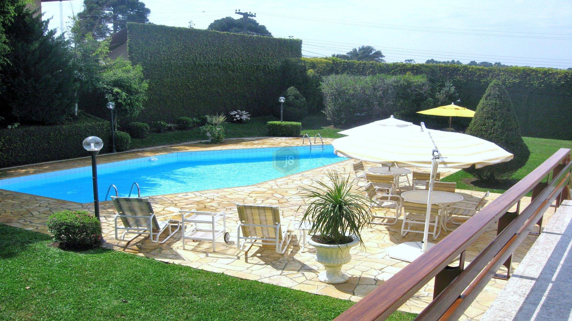 Foto de destaque Casa de prestígio com belíssimo jardim
