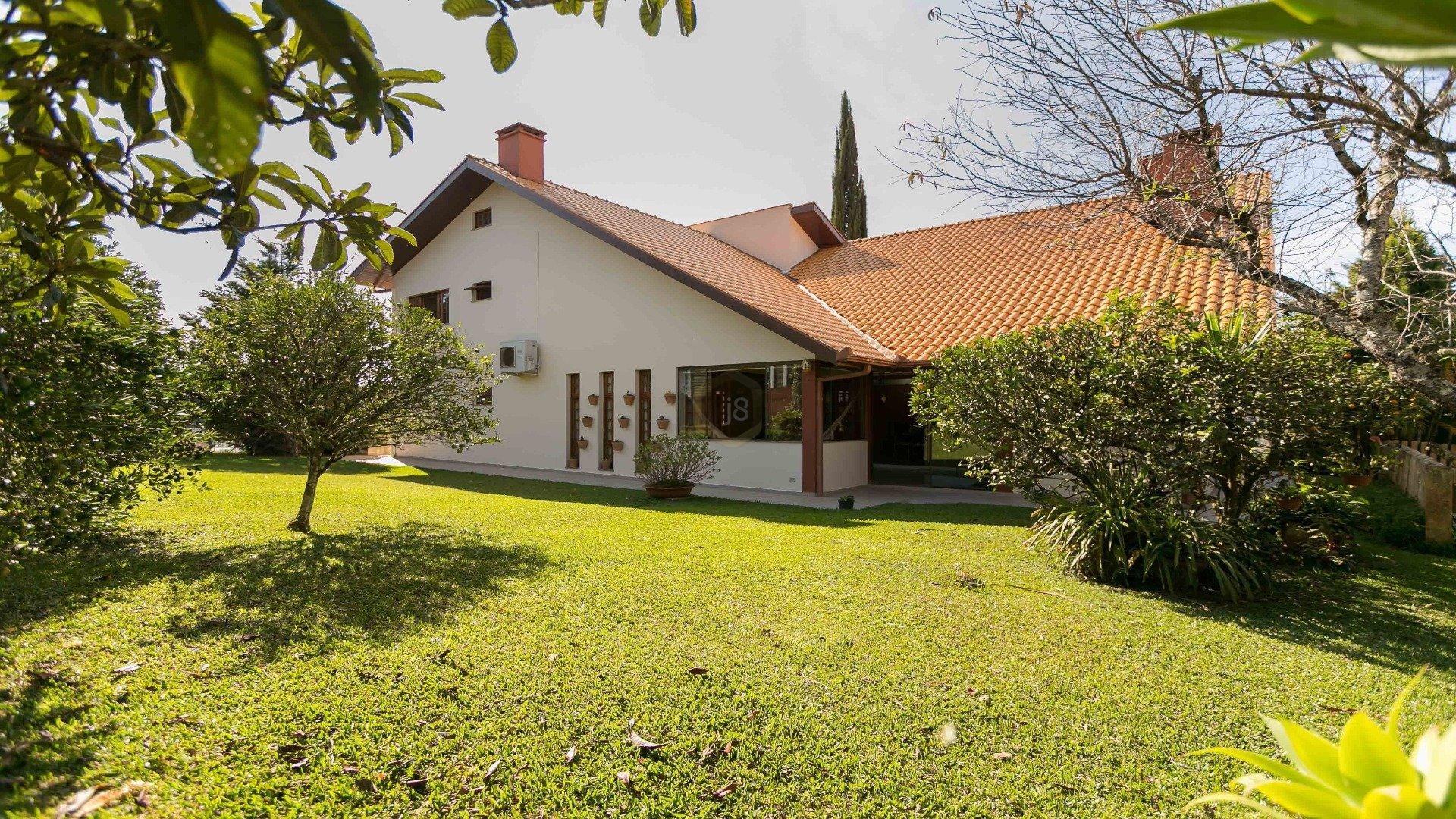 Foto de destaque Casa com um terreno maravilhoso no condomínio theodoro de bona