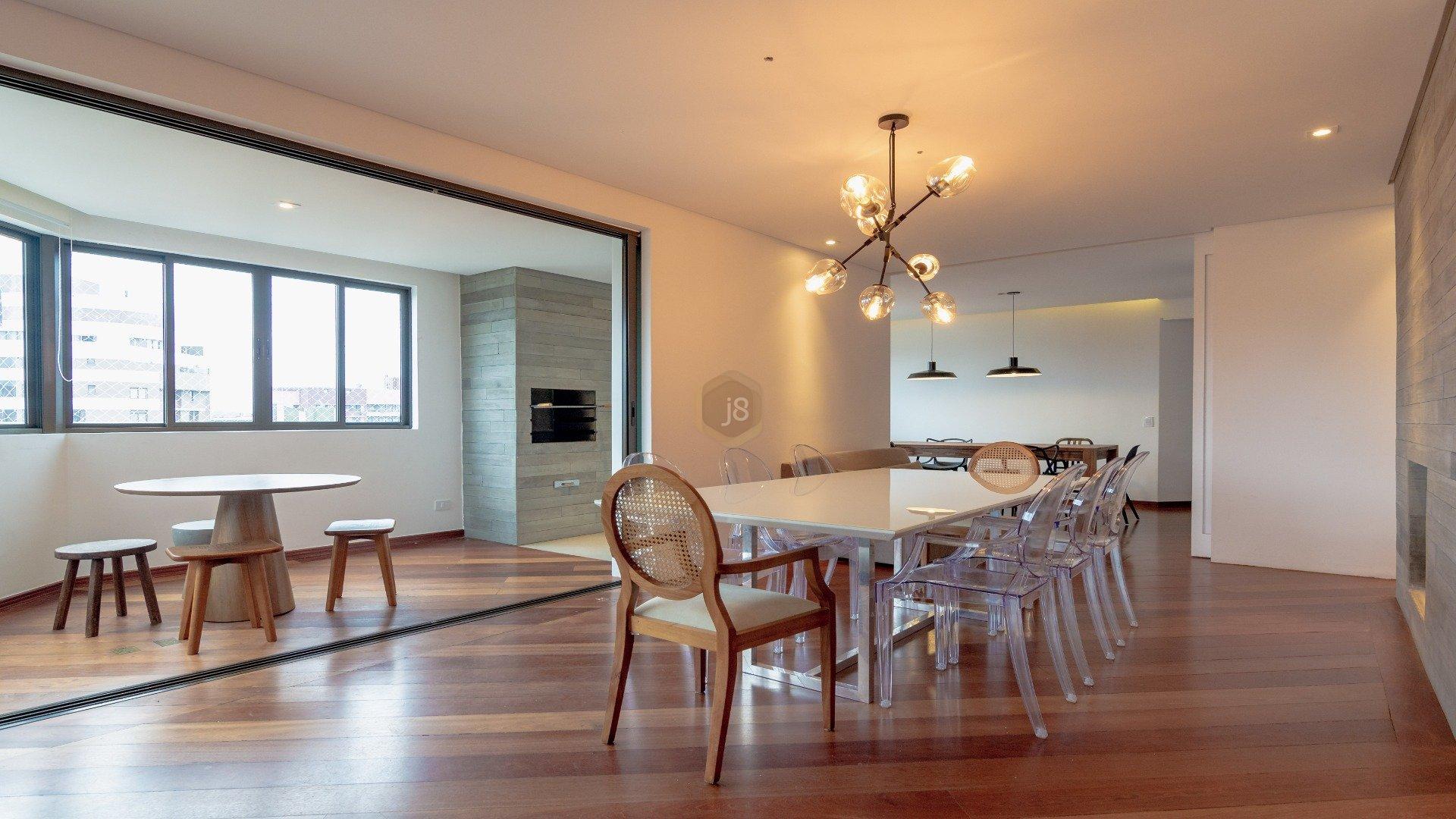 Foto de destaque Apartamento 4 suítes, 4 vagas, reformado c/ churrasqueira no seminário