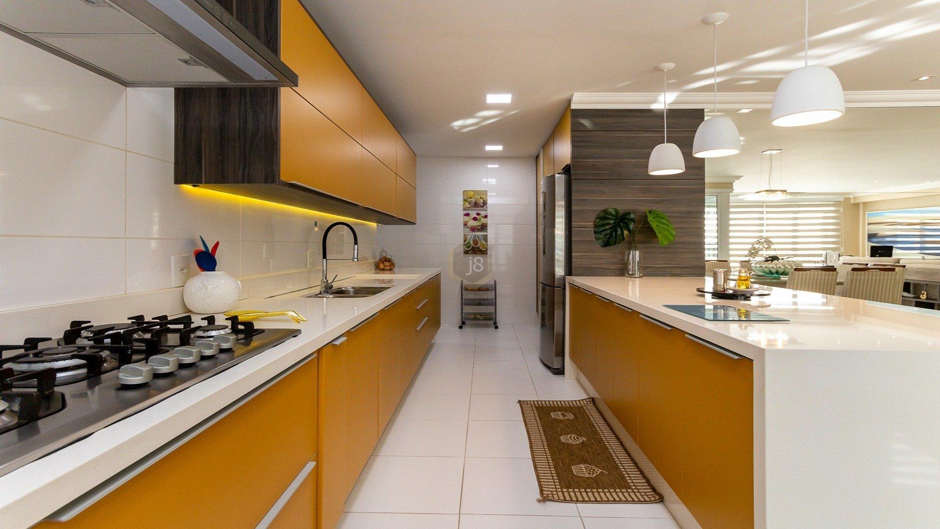 Foto de destaque Apartamento em condomínio clube no juvevê com 3 suítes