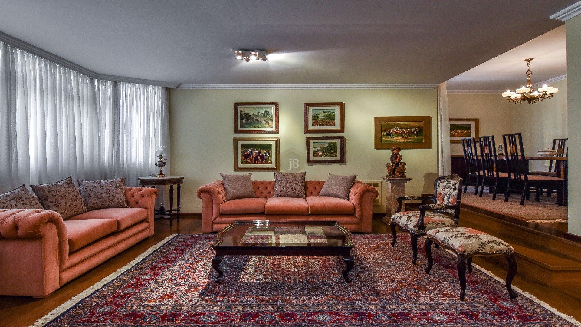Foto de destaque Amplo e ensolarado apartamento no coração do batel