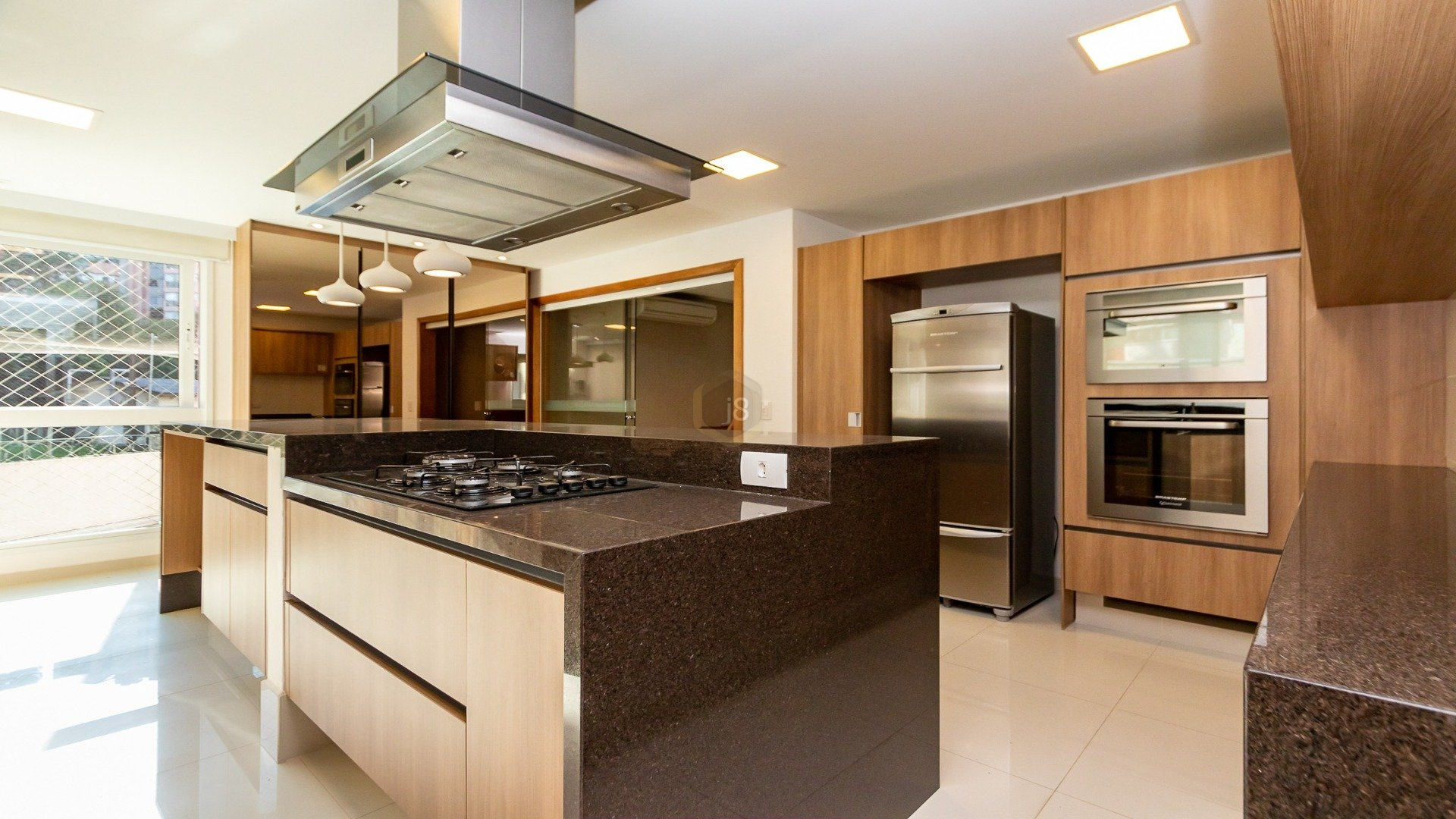 Foto de destaque Apartamento em condomínio clube no cabral com 3 suítes
