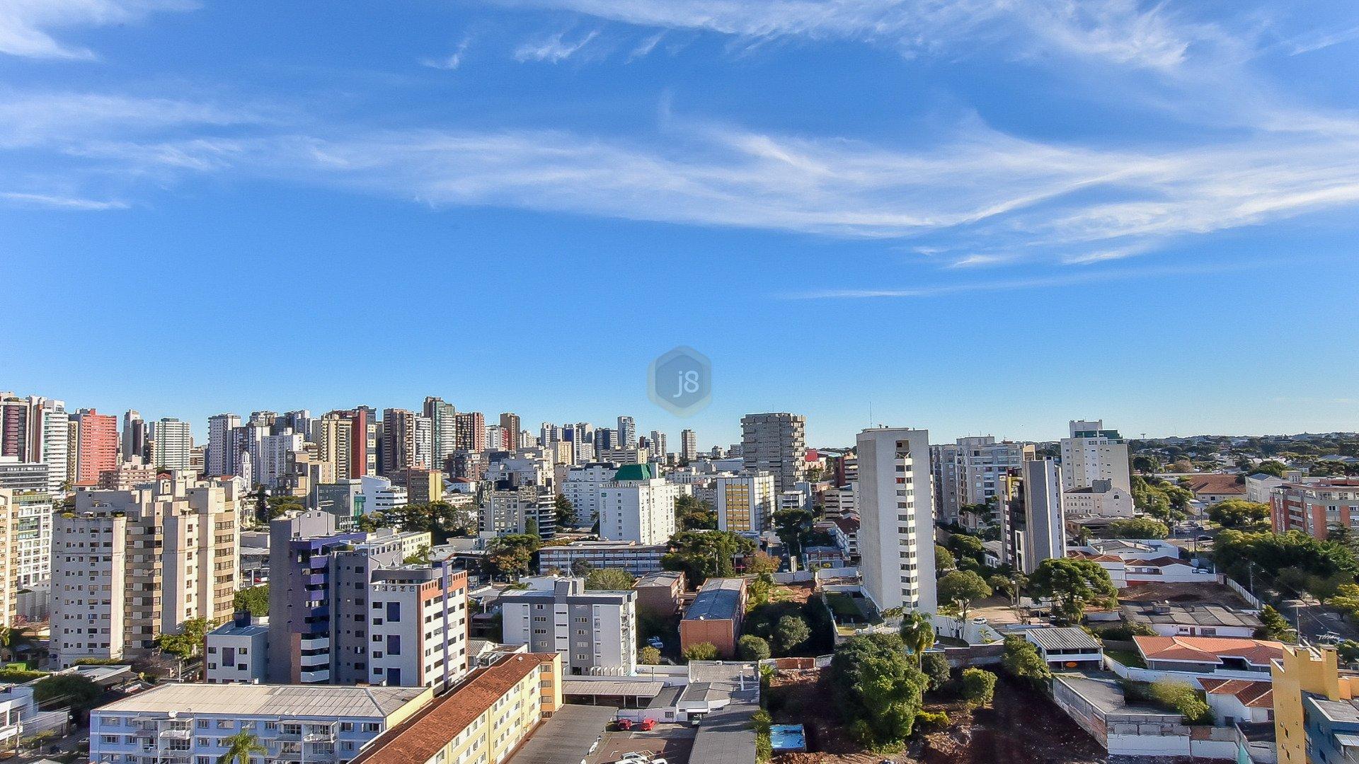 Foto de destaque Edifício continental, no coração do batel!